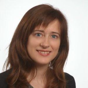 Dr. María Proupín-Pérez